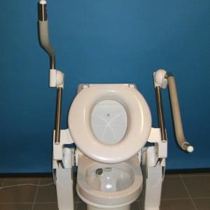 Diagonální toaletní zvedáky